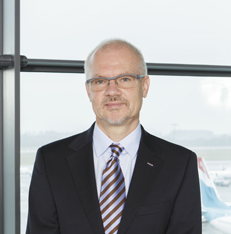 Claude Olinger VICE PRESIDENT HUMAN RESOURCES, LUXAIR GROUP